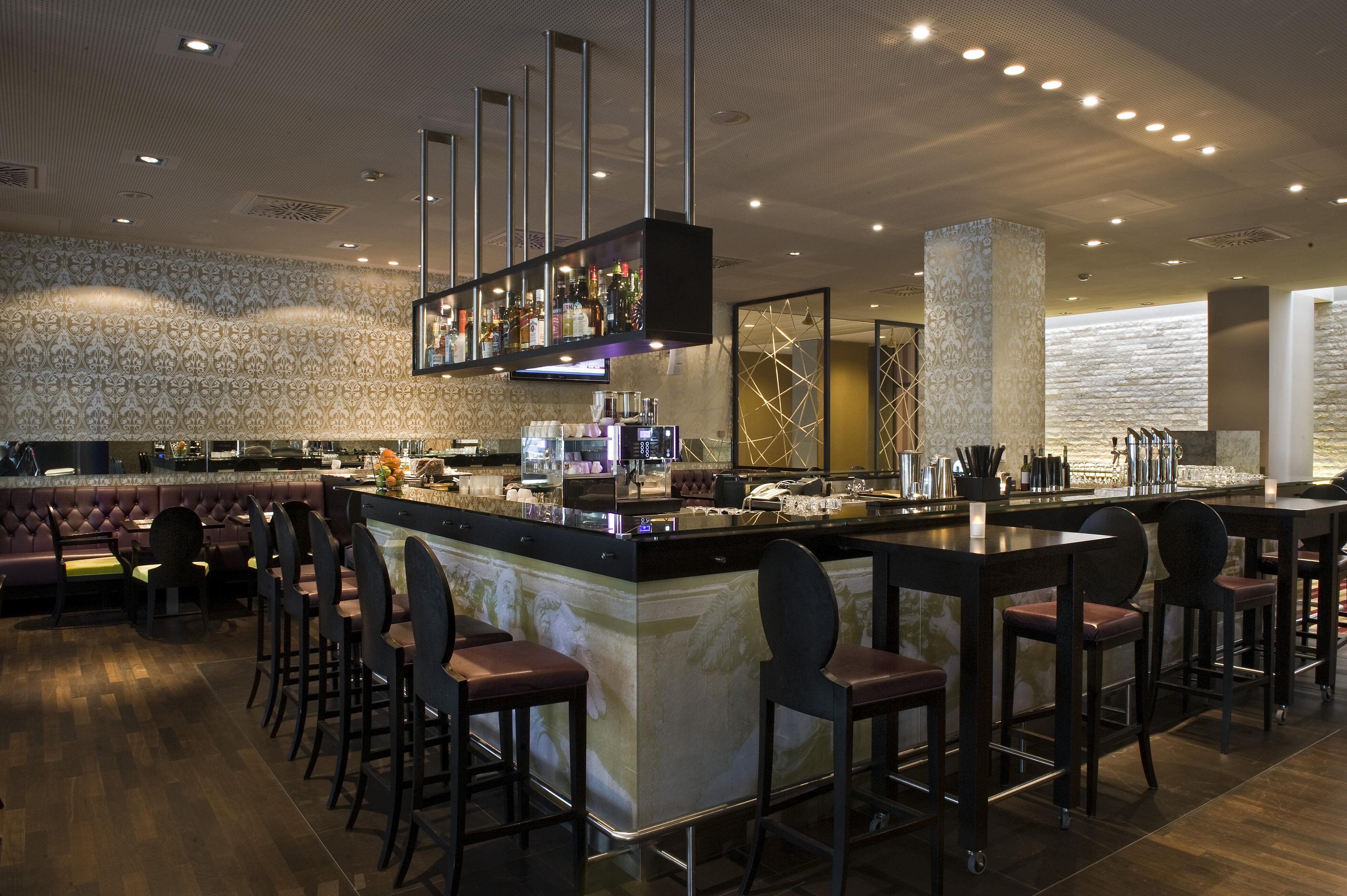 Wyndham grand hotel salzburg conference centre gastronomie for Designhotel salzburg